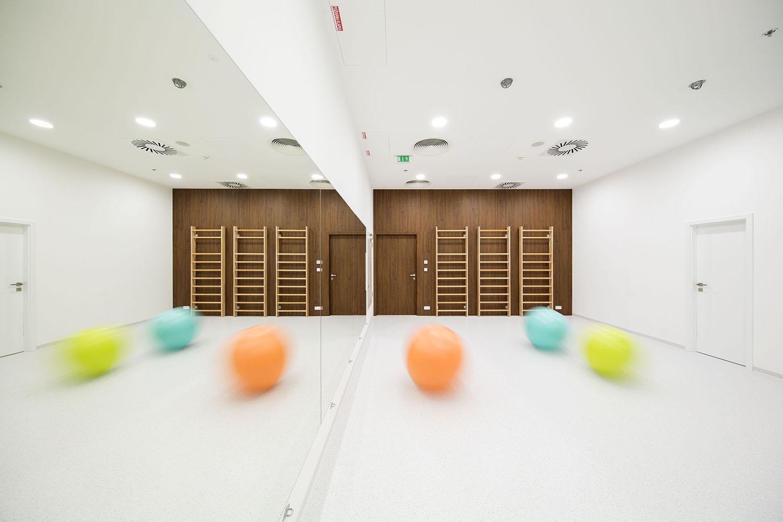 noiz-architekti-fyzio-centrum-09